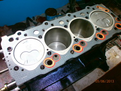 Revizija motora 1992 Mitsubishi Pajero